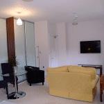 Hitchambury Manor lounge