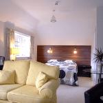 Hitchambury Manor bedsit