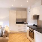 Hitchambury Manor kitchenette