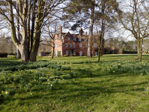 The-manor-from-grounds-in-spring
